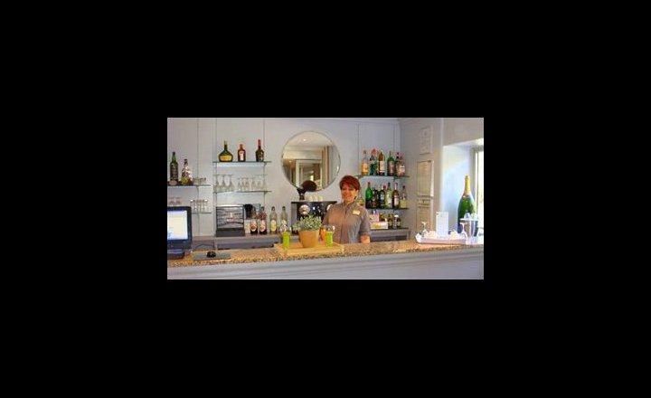 Best Western Hotel La Rade Cassis France Pricetravel