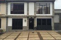 Casa Centenario Pereira